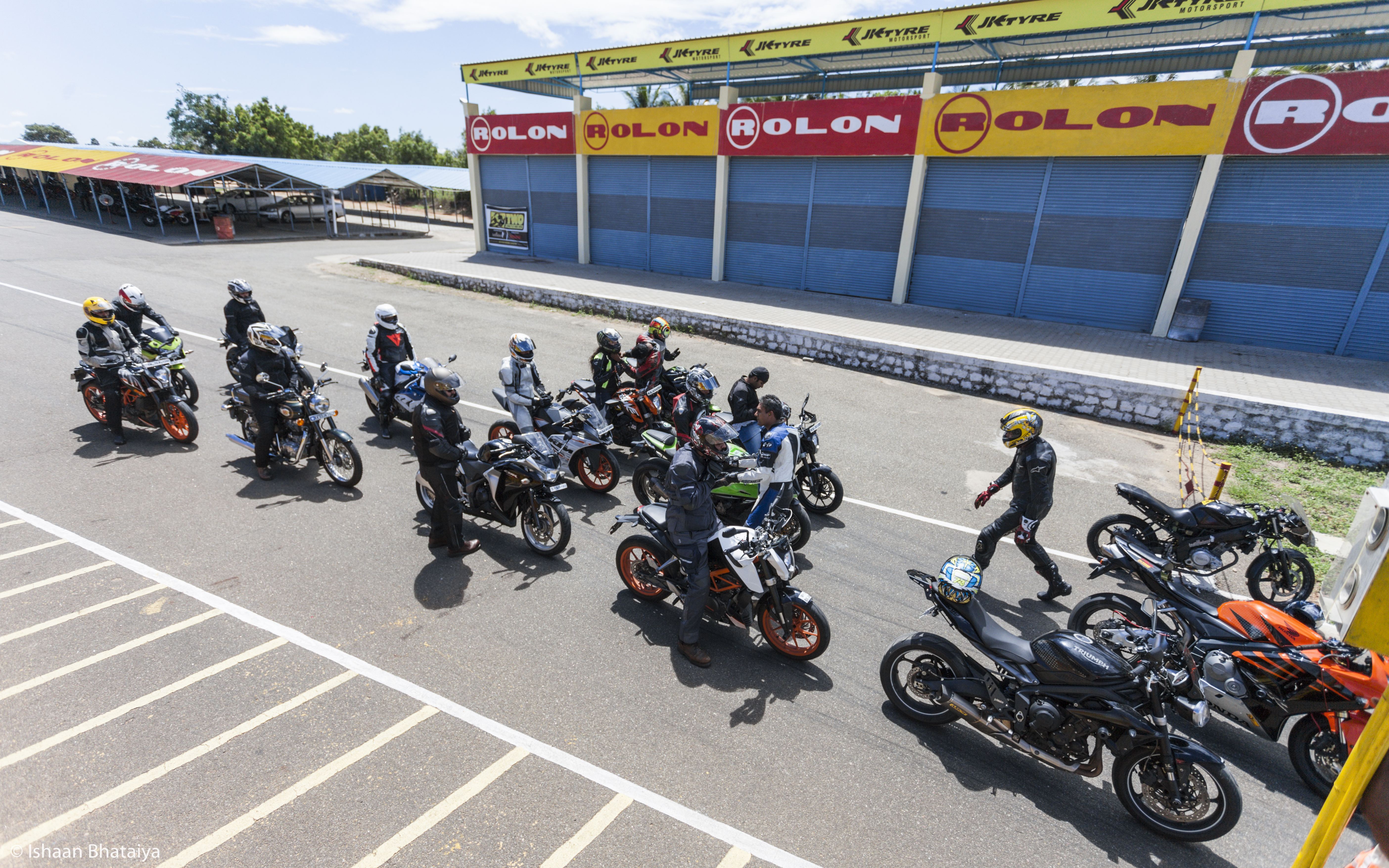 Indimotard - Motorcycle Tours, Riding School, Garage and
